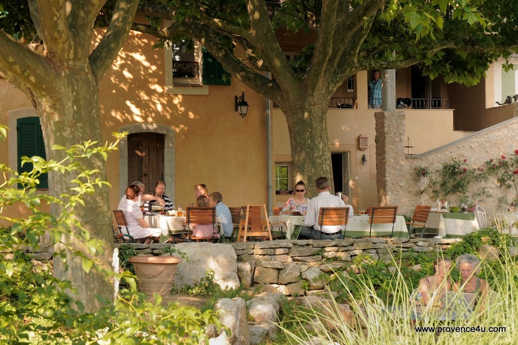 Garten Provence photo gallery of guesthouse with rooms in green provence